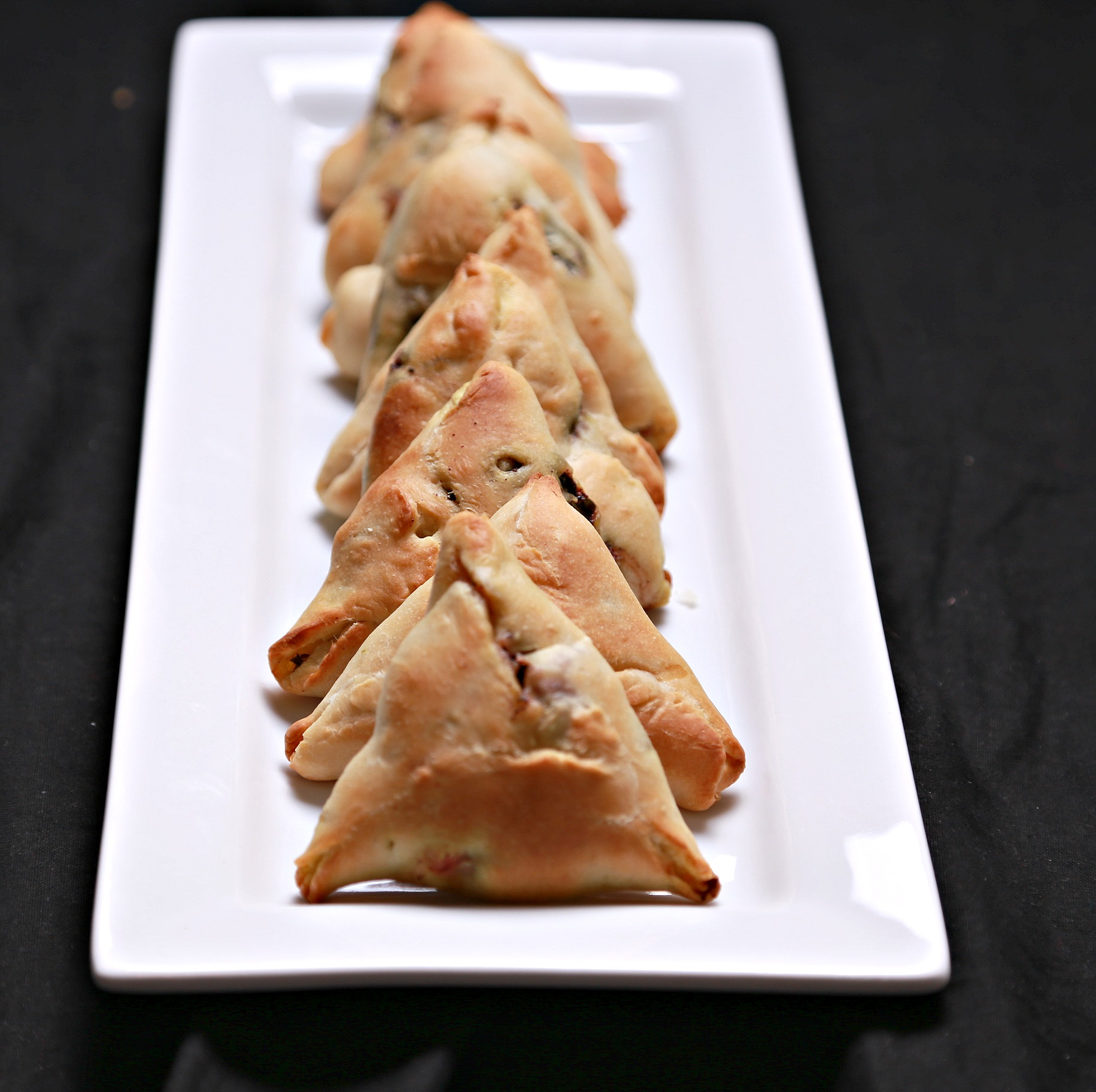 Arabic Spinach pastries (Fatayer Sbankh)