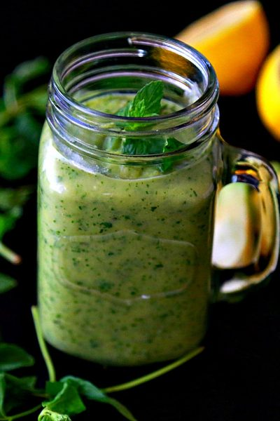 Avocado Smoothie with Pineapple and Mint
